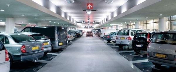 Parkeren bij Schiphol