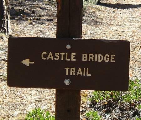 Bordje van de Castle Bridge Trail