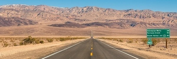 Weg in Death Valley, Californie