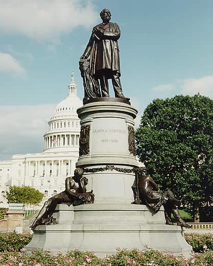 Standbeeld van James Garfield