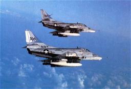 Amerikaanse jachtvliegtuigen boven Vietnam