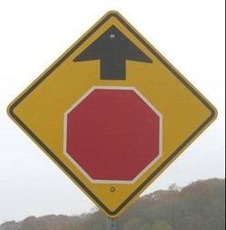 U nadert een stopbord